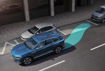 Park Assist Park Assist manoeuvres you elegantly into your parking space. All you have to do is operate the accelerator and brake, while the system takes care of the rest, within the limits of the system.